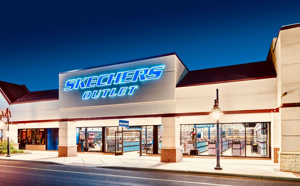 SKECHERS Factory Outlet - Shoe Shops