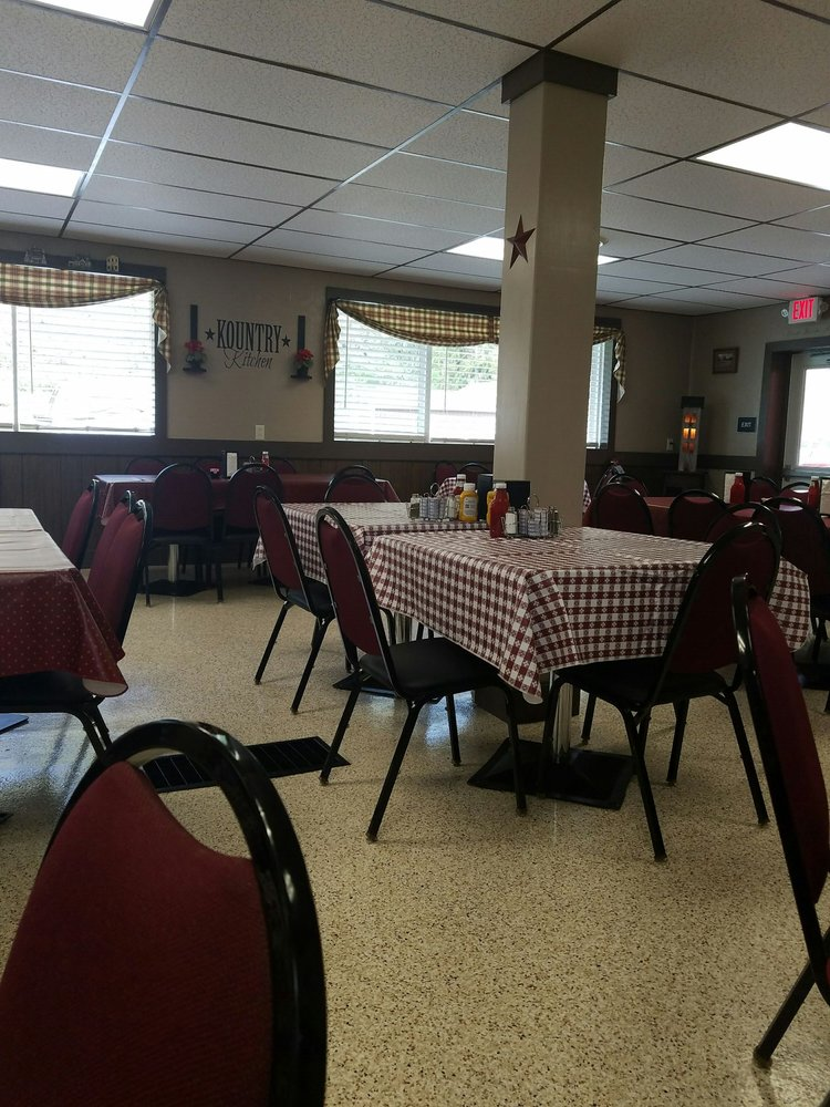 Kountry Kitchen Restaurant: 6052 US Highway 522 S, Mc Veytown, PA