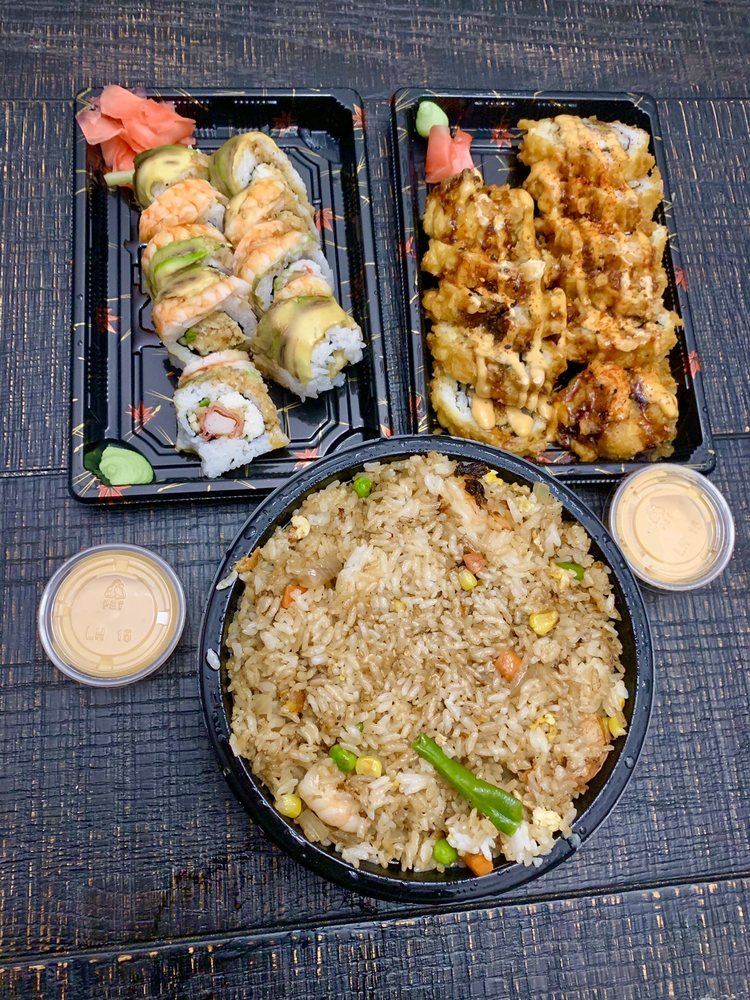 Oishii Express: 2295 W Cleveland Ave, Madera, CA