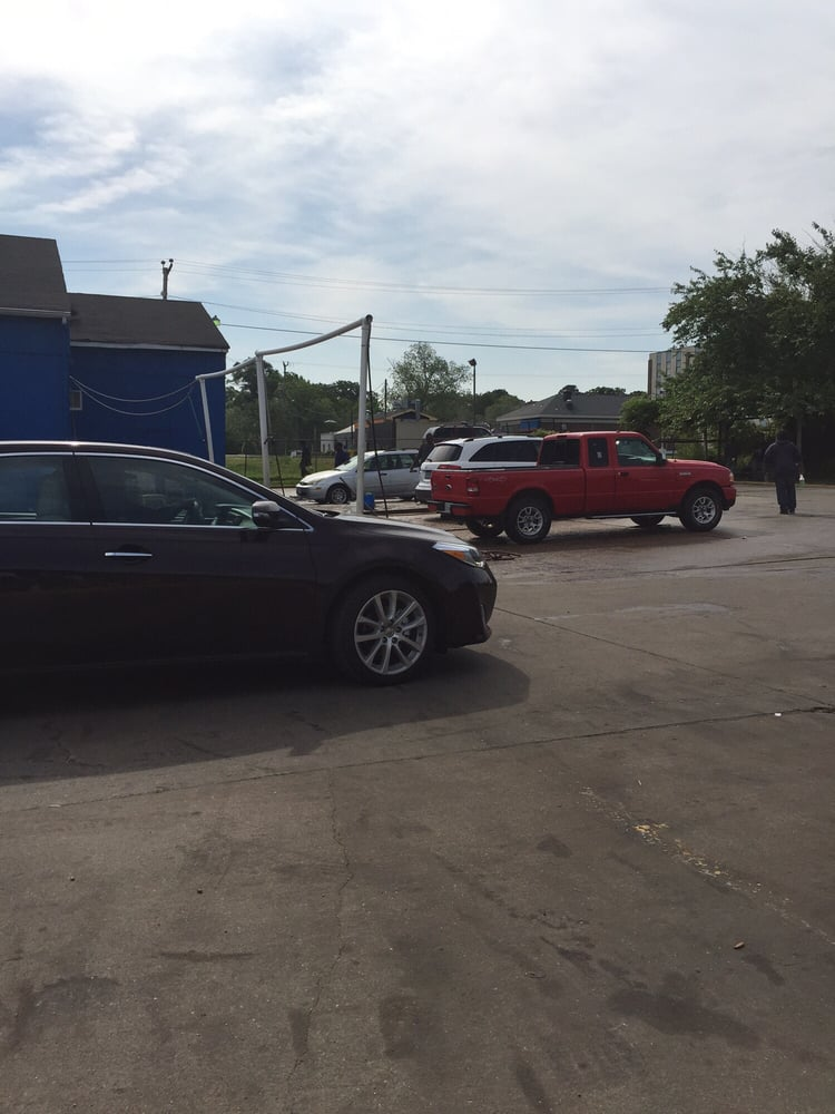 Car Vacuum Cleaner Near Me >> Jay Jay's Car Wash - 23 Reviews - Car Wash - 4126 Llewellyn Ave, Norfolk, VA - Yelp