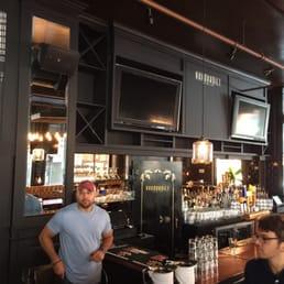 Vanderbilt Kitchen Bar 32 Reviews Bars 105 Water St Financial District Boston Ma