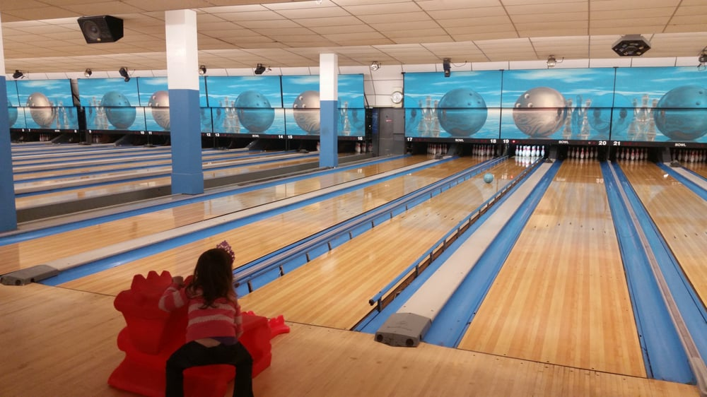 Central Bowling Lanes & Family Recreation Center