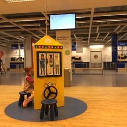 Foto Zu IKEA   Düsseldorf, Nordrhein Westfalen, Deutschland. Wartebereich  Für Warenausgabe U0026