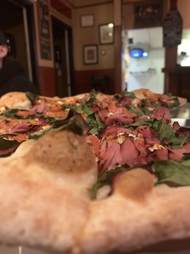 Newport Pizza Co.: 601 Monmouth St, Newport, KY