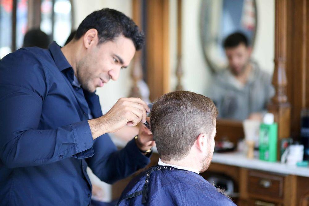 Neighborhood Cut Shave 28 Photos 29 Reviews Barbers 616