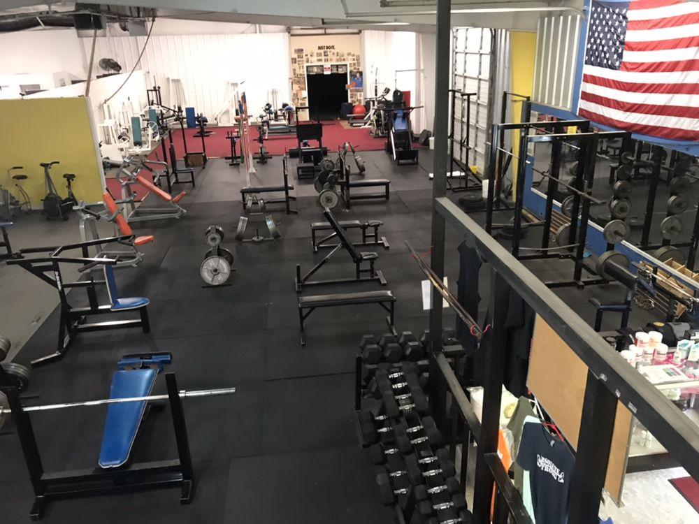 Absolute Fitness: 2301 Jacksboro Pike, La Follette, TN