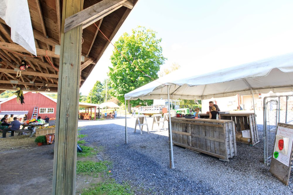 Wilklow Orchards: 341 Pancake Hollow Rd, Highland, NY