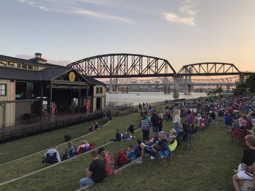 River Stage: 100-199 Spring St, Jeffersonville, IN