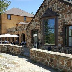 Sylvan Lake Lodge Restaurant