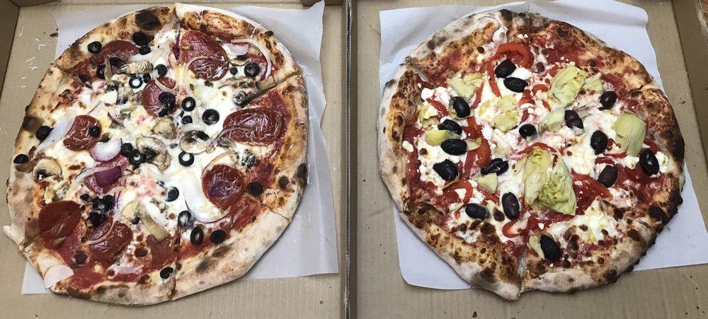 The Pizza Connection: 3481 Lower Honoapiilani Road, Lahaina, HI
