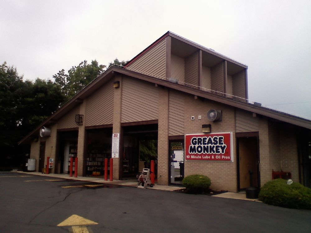Grease Monkey: 300 Black Horse Pike, W. Collngswd Hts., NJ