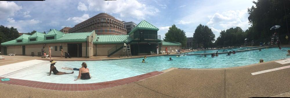 Francis Dc Public Pool 29 Reviews Swimming Pools 2500 N St Nw West End Washington Dc