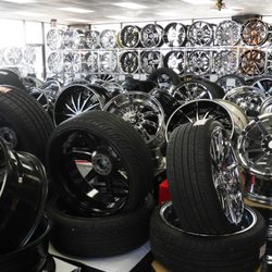 Used Tires Savannah Ga >> Rimtyme Custom Wheels And Tires Savannah 10 Photos Tires 7409