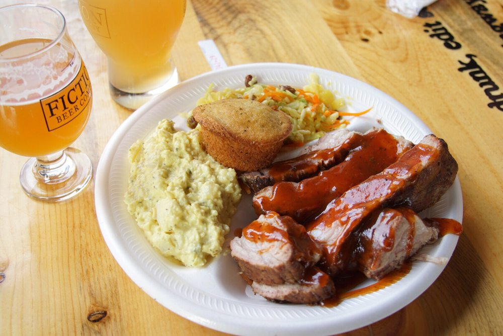 Brooks Smokehouse BBQ & Cajun Cuisine: 800 Oakland St, Aurora, CO
