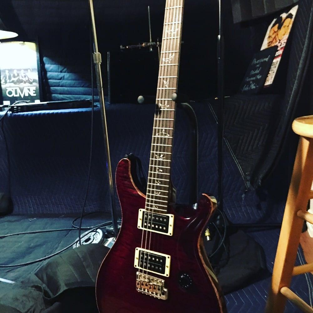 Kerry's Guitar Shop: 204 W Bedford Euless Rd, Hurst, TX