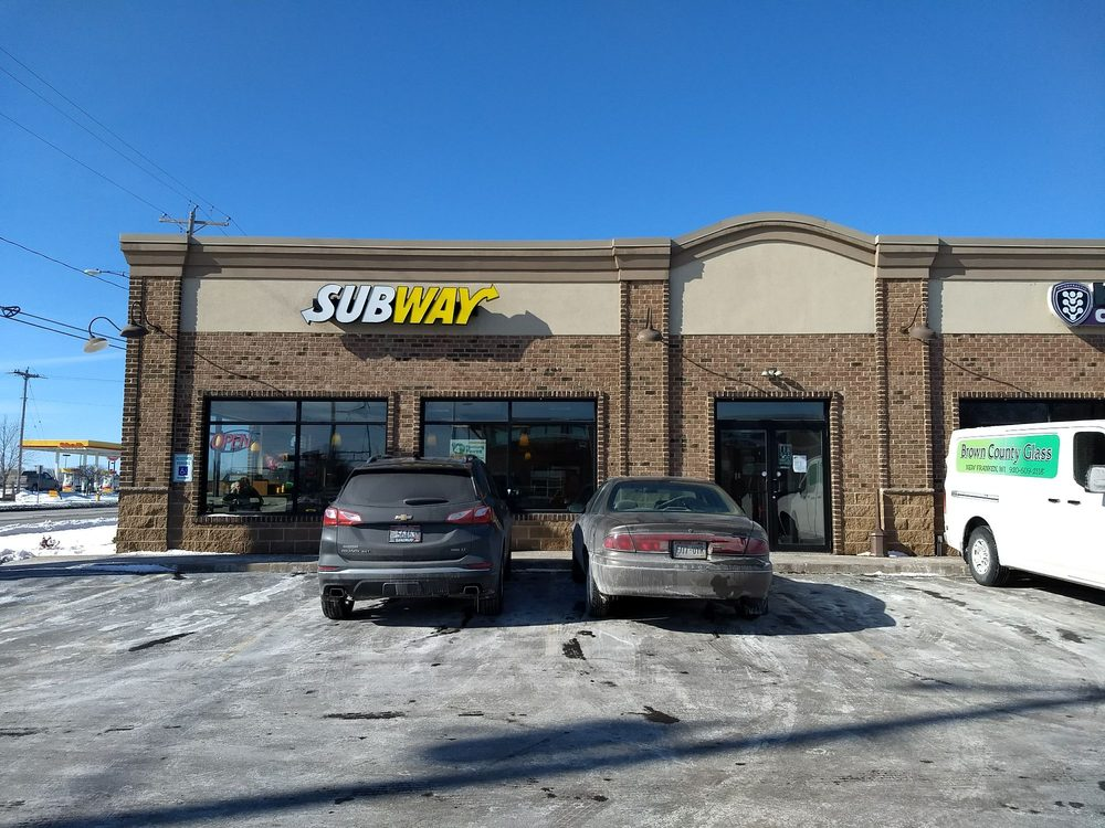 Subway: 920 Main Ave, De Pere, WI