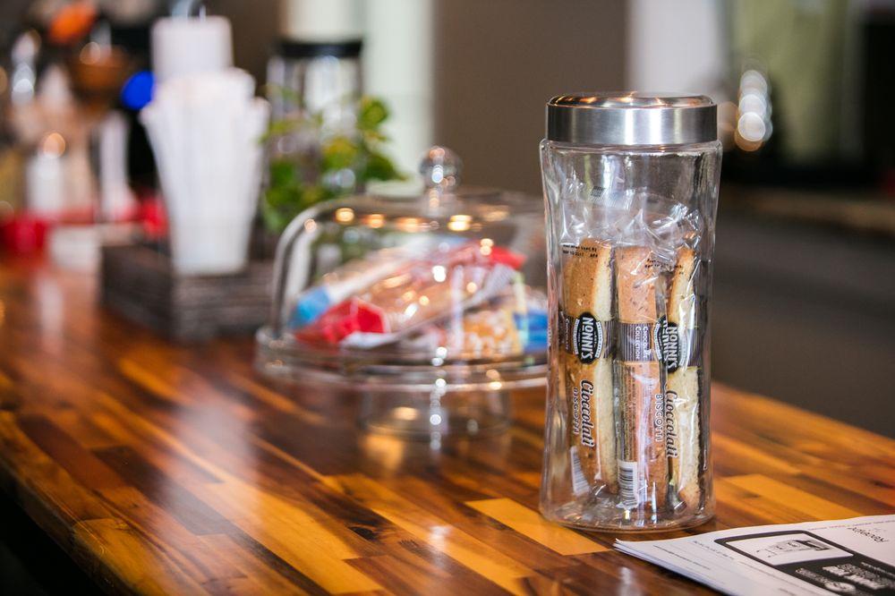 Bloomin' Bean Coffee Bar: 412D McNulty Ave, Blythewood, SC
