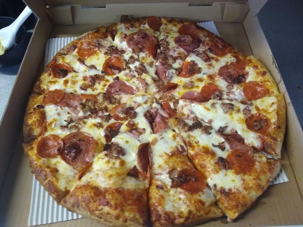 Border Town Pizza: 738 Peace Portal Dr, Blaine, WA