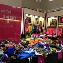 7d2c9aae95e Victoria s Secret Outlet - CLOSED - 24 Reviews - Outlet Stores ...