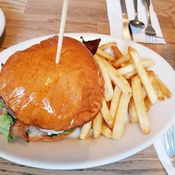 Photo Of Red Skiff Restaurant Rockport Ma United States Breakfast Burger