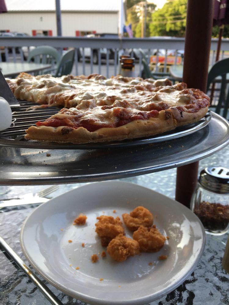 Danny O's Bar & Grill: 1050 S Calumet Rd, Chesterton, IN