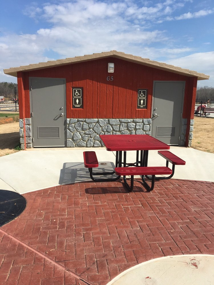 Cherokee Veteran's Park: 7345 Cumming Hwy, Canton, GA