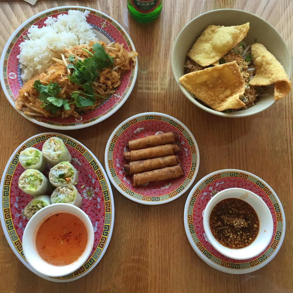 magic kitchen - thai - 38 reviews - springfield, il - 115 n lewis