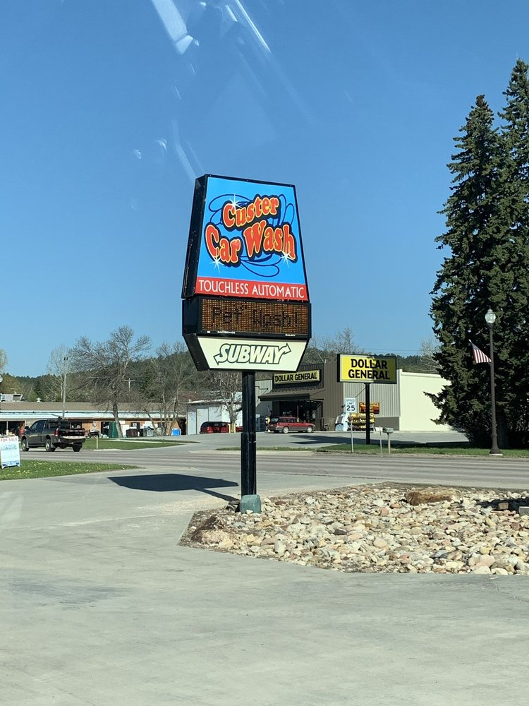 Custer Car & Pet Wash: 932 Mount Rushmore Rd, Custer, SD