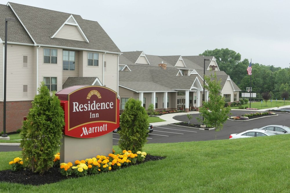 Residence Inn by Marriott Columbus: 4525 West State Road 46, Columbus, IN
