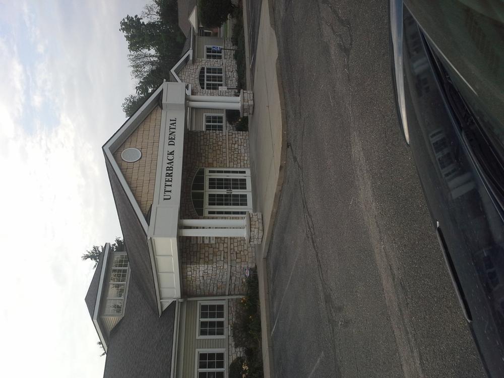 Utterback Dental Group: 1360 S Sawburg Ave, Alliance, OH