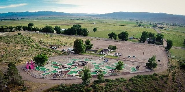 Hillside Miniature Golf & Games: 2190 N Washburnville Rd, Monroe, UT