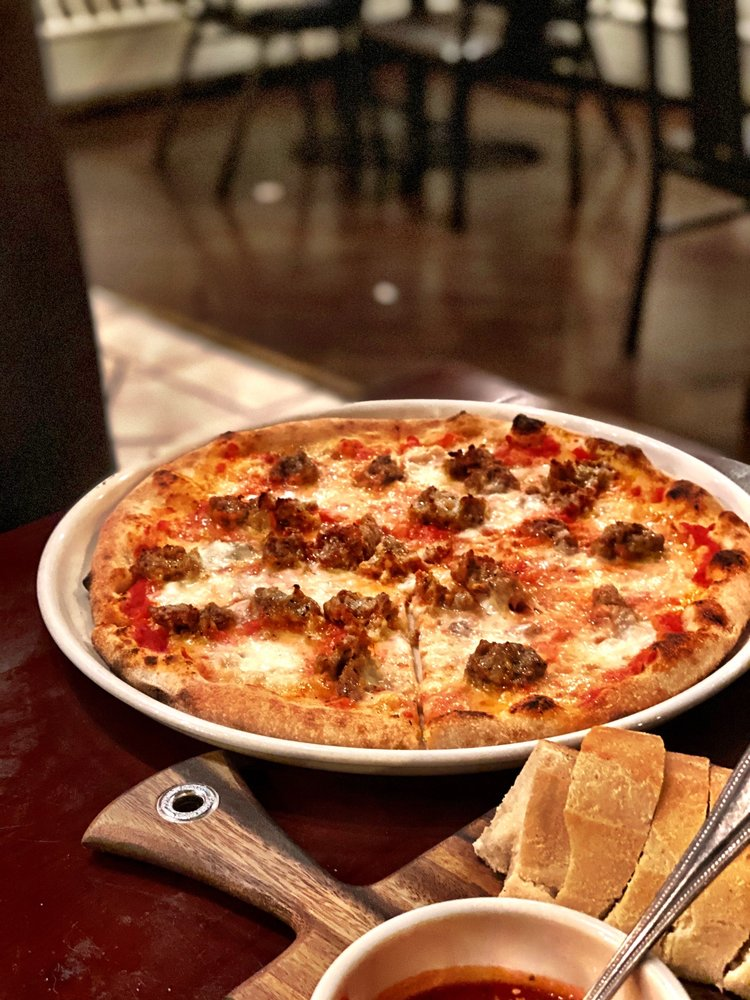 Mattone Restaurant & Bar: 9 E 31st St, La Grange Park, IL