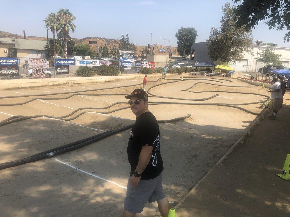 Hot Rod Hobbies: 25845 Railroad Ave, Santa Clarita, CA