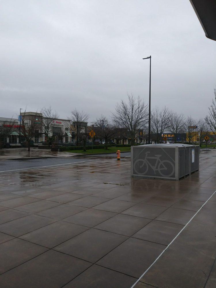 Cascade Station: 9721 NE Cascades Pkwy, Portland, OR