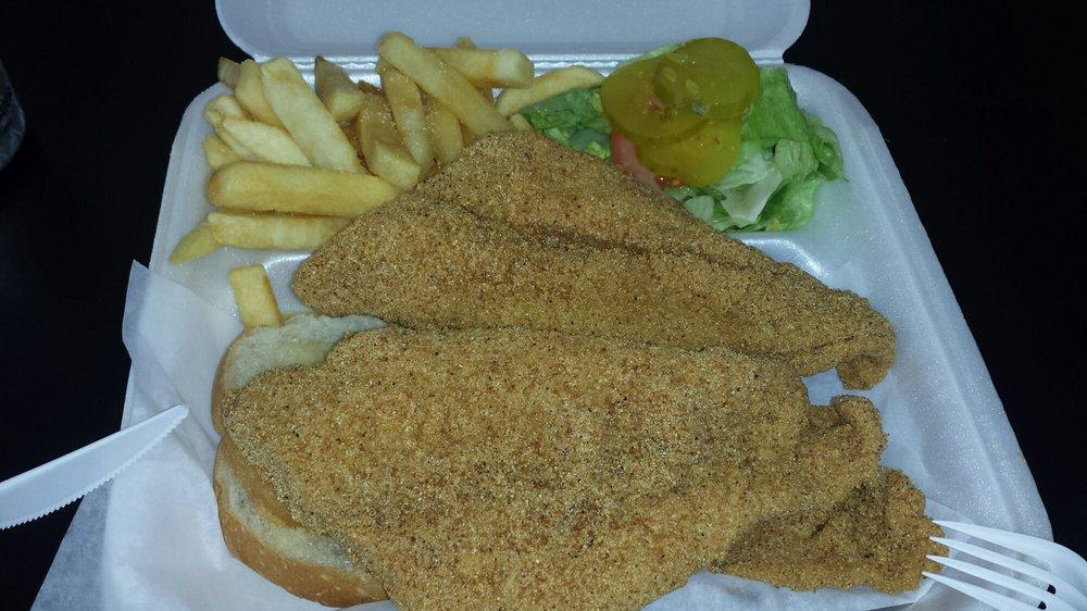 Nola Seafood: 9528 Westbank Expy, Westwego, LA