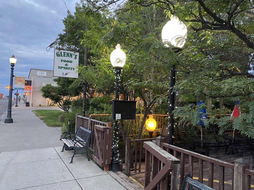 Glenn's: 122 N Main St, Livingston, MT