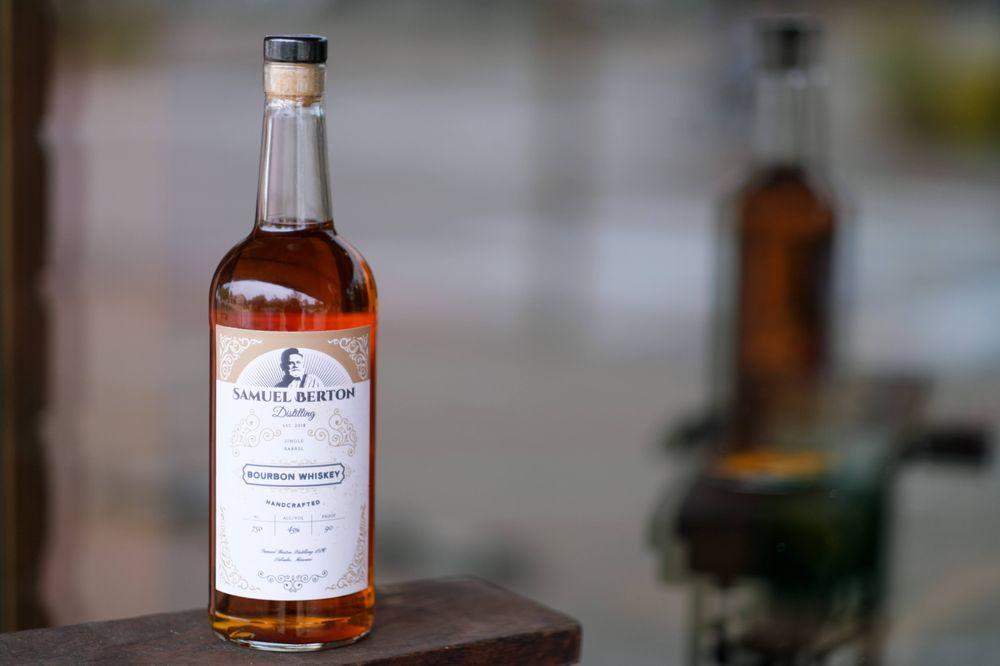 Samuel Berton Distillery & Tasting Room: 102 Front St, Labadie, MO