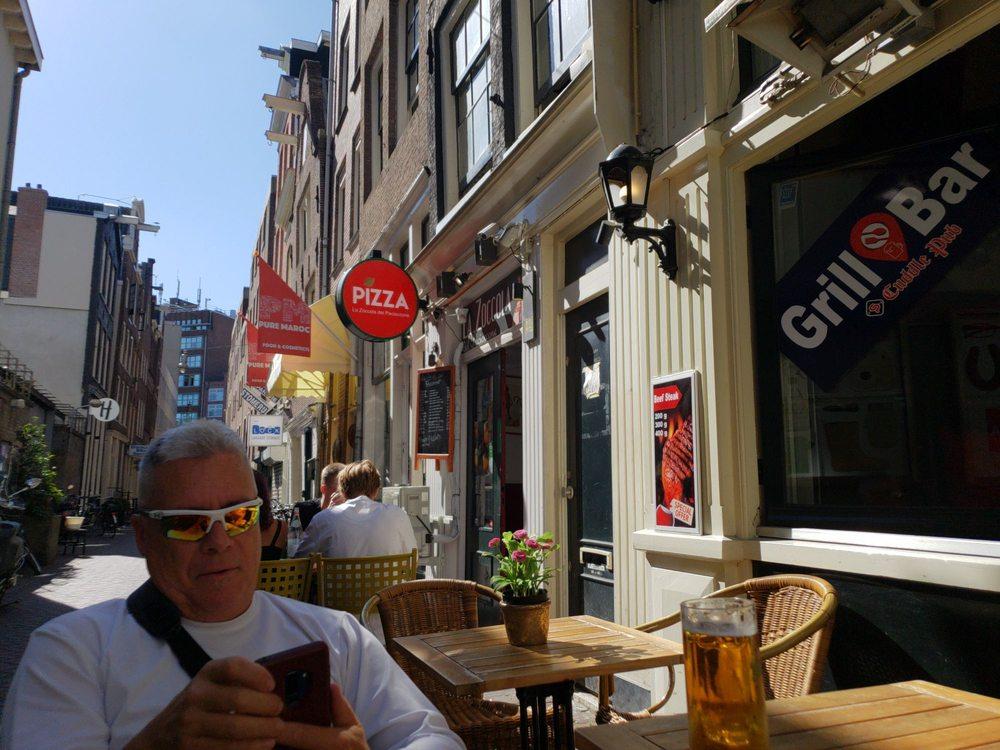 Cuddle Pub: Nieuwe Nieuwstraat 20H, Amsterdam, NH