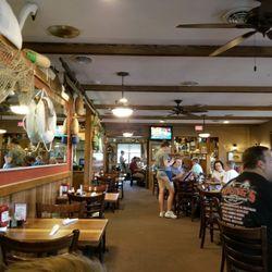 Photo Of Henry S Restaurant Kill Devil Hills Nc United States Nice Environment