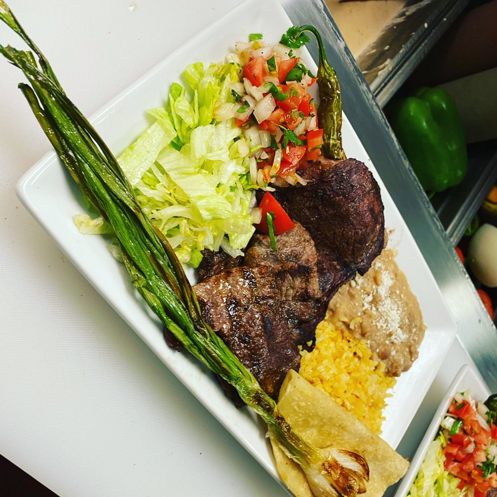 Davitos Kitchen: 5025 Florence Av, Bell Gardens, CA