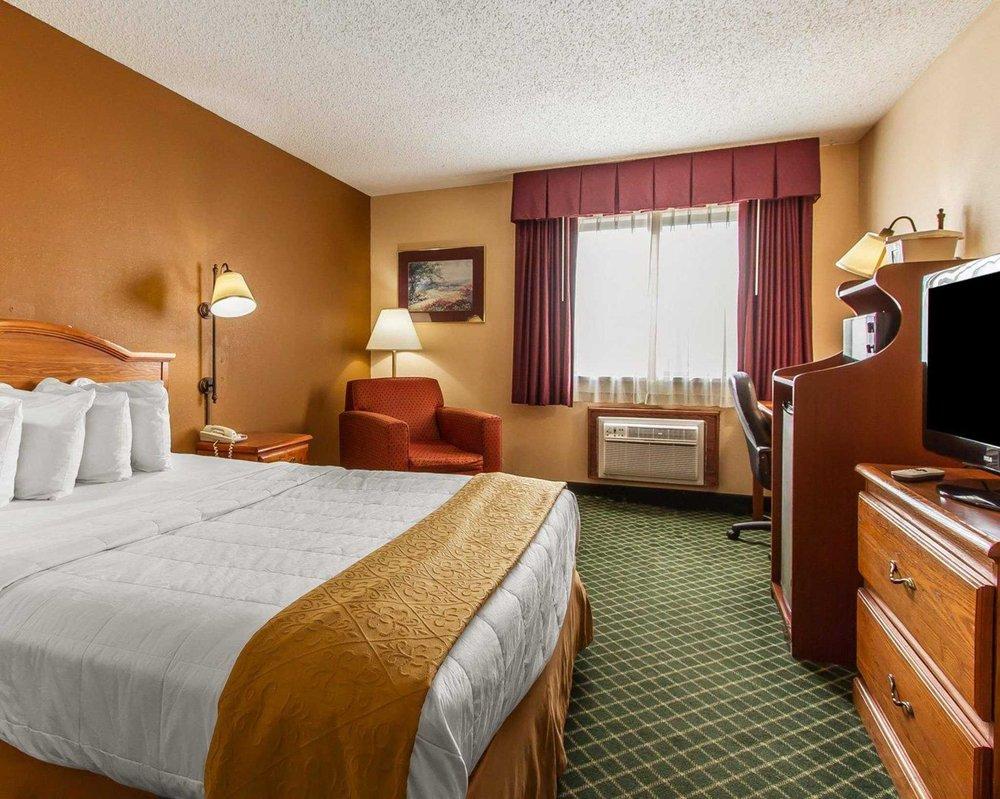 Quality Inn: 3051 Kirkwood, Burlington, IA