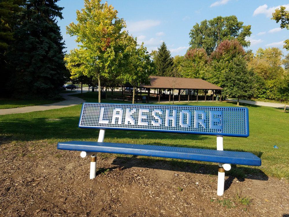 Lakeshore Park: 601 S Lake Dr, Novi, MI