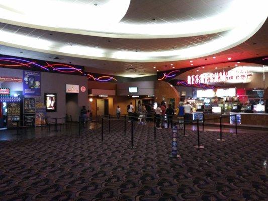 Regal Cinemas Jack London 9 100 Washington St Oakland Ca Movie