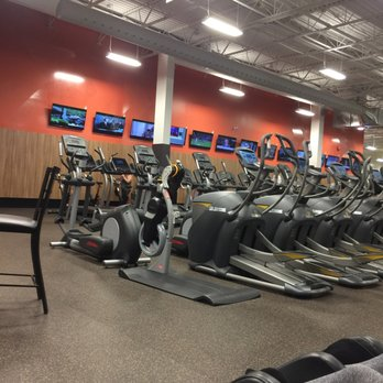 goodlife fitness My favorite goodlife gym in toronto the biggest variety of machines, very  customer friendly schedule, great location just love it upvotedownvote dave h.