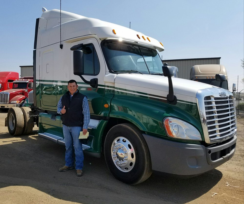 Diamond Truck Sales Turlock California >> Diamond Truck Sales 24 Photos Commercial Truck Dealers
