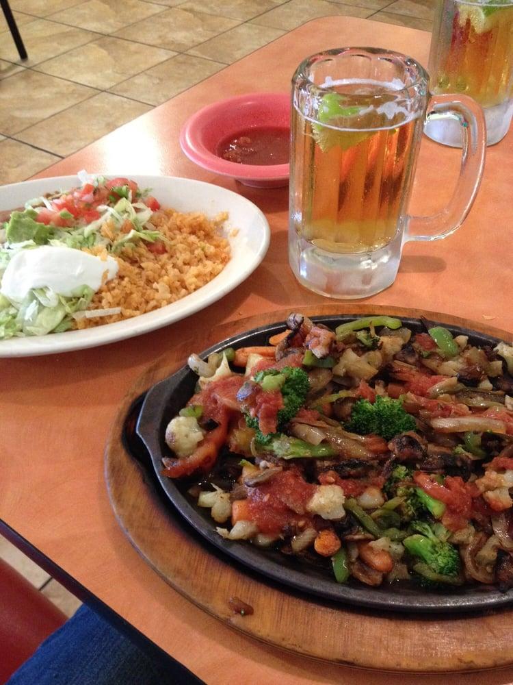 Photo of El Puerto Mexican Restaurant: Ozark, AR