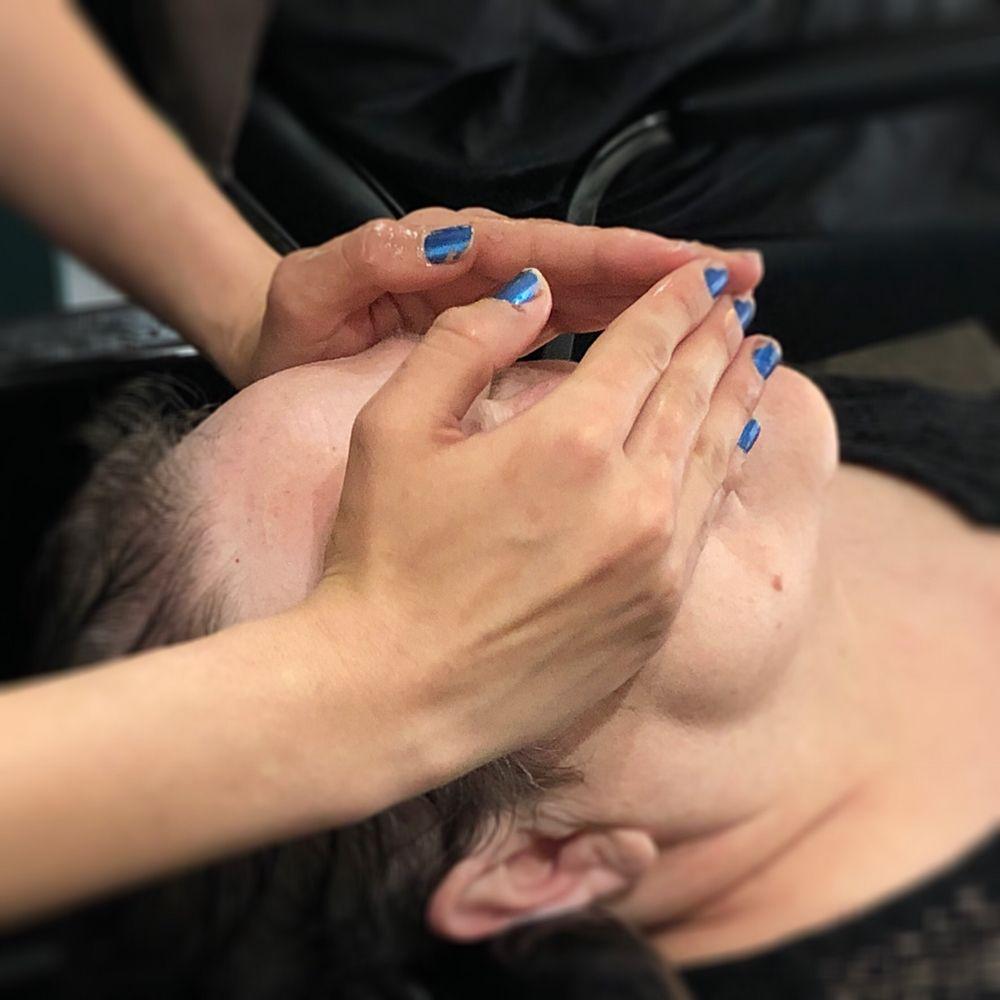 Rachel's Salon & Day Spa