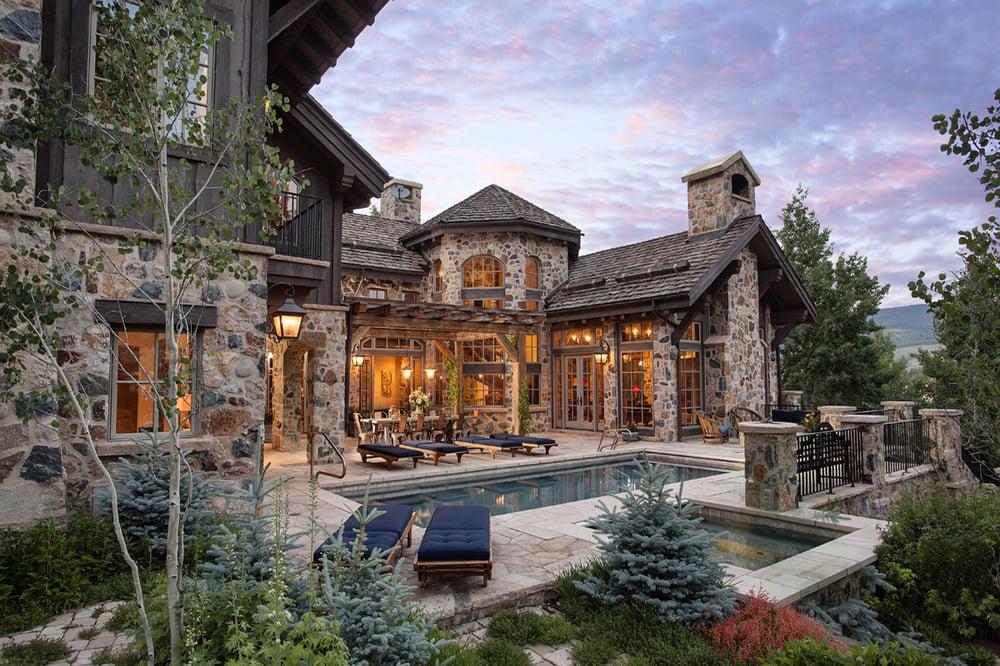 Bruce campbell coldwell banker heritage house realtors for Noleggio di durango cabinado colorado