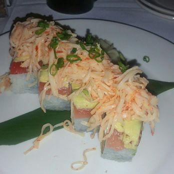 Chucks fish 62 photos 40 reviews sushi bars 551 for Chucks fish menu