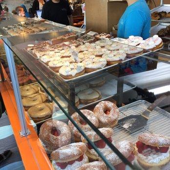 donut bar 1614 photos amp 495 reviews donuts 124 s 6th